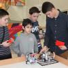Каких роботов делают школьники?