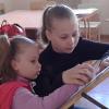 """Выставка рисунков читателей """"Зорьки"""" разместилась в Белгосцирке"""