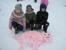 Поросёнок снежный