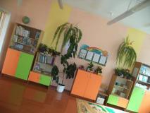 Родители помогают с ремонтом классного кабинета в Новкинской школе. Спасибо!