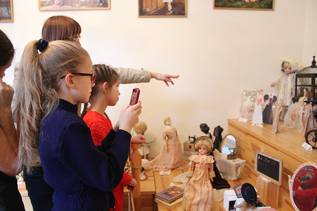 В музее детства