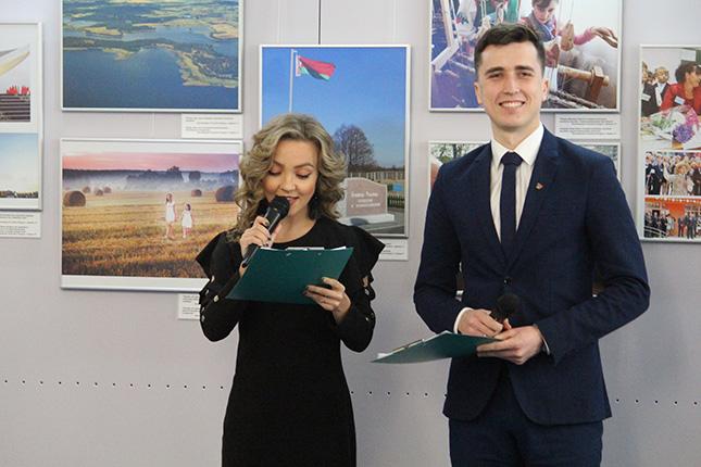Ведущие Сергей Козлович и Ольга Сацюк